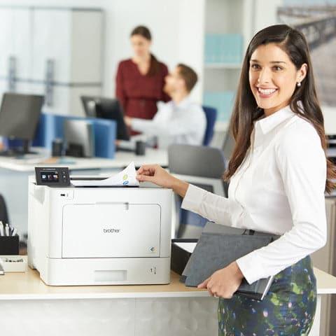 Impresora láser color multifunción Brother